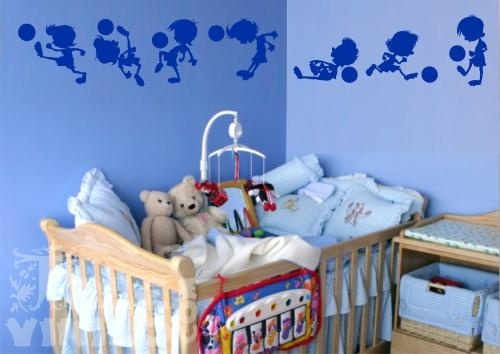 Vinilos decorativos infantiles ni os jugando al futbol for Vinilos para pared infantiles